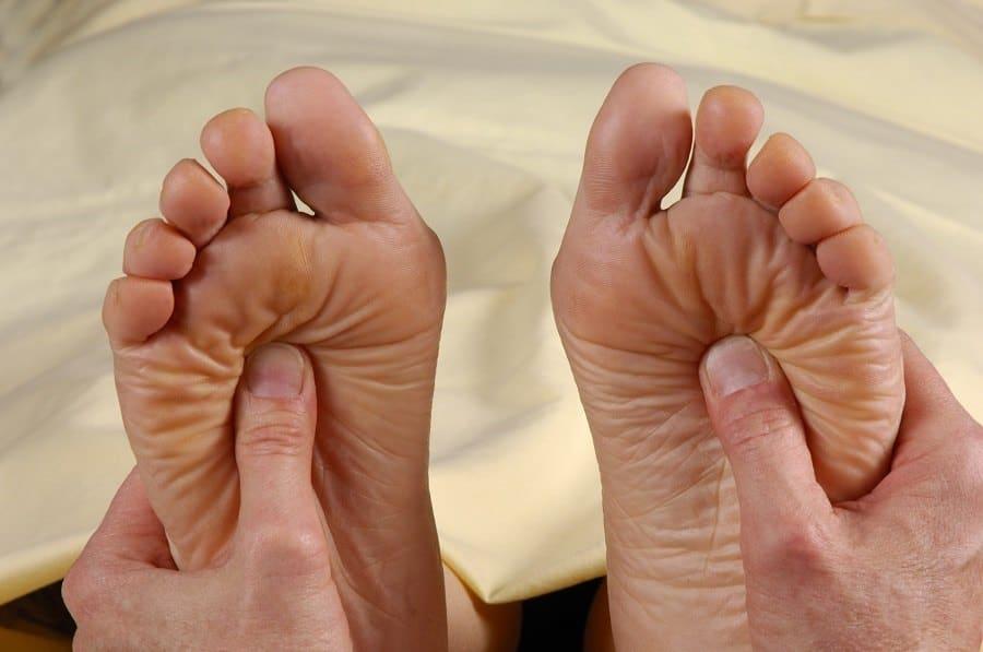foot massage home remedy